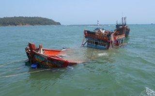Chính trị - Xã hội - Quảng Ninh: Chìm tàu cá vỏ gỗ, 6 ngư dân được cứu sống