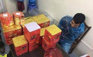 Tin nhanh - Quảng Ninh: CSGT bắt giữ đối tượng vận chuyển trái phép pháo nổ