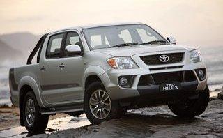 Xe++ - Lỗi túi khí an toàn, Toyota Hilux bị triệu hồi tại Nga