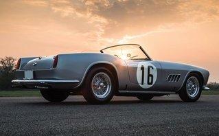 Xe++ - Ferrari 250 GT LWB California Spider có giá hơn 401 tỷ đồng