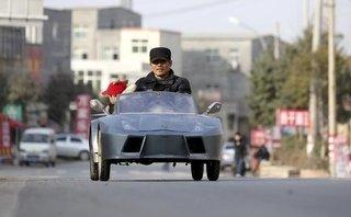 Thú chơi xe - Bất ngờ với ô tô và robot tự chế của dân thường