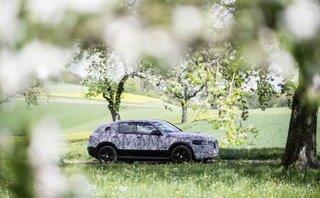 Crossover chạy điện Mercedes-Benz EQC lộ diện trên đường thử