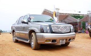 Xe++ - 'Chạm mặt' bán tải Cadillac tiền tỷ độc nhất Việt Nam