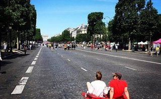Xe++ - Paris sẽ sạch bóng xe hơi vào ngày 1/10/2017
