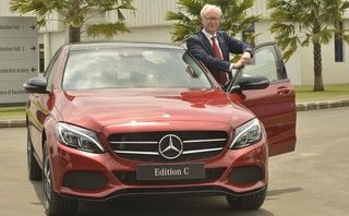 Xe++ - Mercedes-Benz C-Class bản đặc biệt Edition C có giá từ 1,48 tỷ đồng
