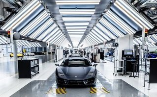 """Xe++ - Nhà máy Lamborghini lên """"dây cót"""" sản xuất SUV Urus"""