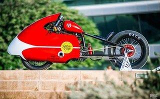 Xe++ - Dân chơi Dubai độ môtô giao pizza nhanh nhất thế giới