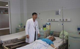 """Sức khỏe - Lấy khối u 'khủng"""" chèn hơn 1/3 phổi trong người bệnh nhân"""