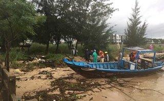 Tin nhanh - Tìm thấy 1 thi thể trong vụ 2 thanh niên nhảy cầu Thuận Phước