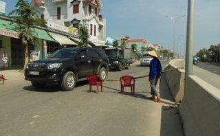 Điểm nóng - Đà Nẵng: 'Kêu Trời' không thấu, người dân mang ghế chặn đường