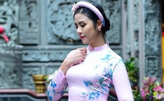 Ngôi sao - Hoa hậu Ngọc Hân xinh đẹp nao lòng cùng áo dài