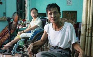 Đời sống - Ông bố đơn thân và 25 năm nuôi con bệnh tật