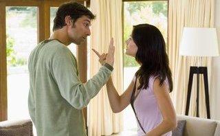 Đời sống - Cứ mỗi lần cãi nhau, chồng lại đòi ly hôn