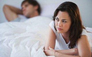 """Gia đình - 10 dấu hiệu """"tố cáo' chồng bạn đang ngoại tình"""