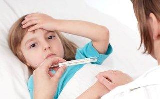 Tư vấn - Những việc nên và không nên làm khi bị sốt