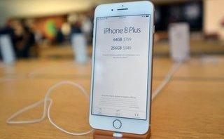 Công nghệ - Vì sao iPhone 8 tại Việt Nam rẻ hơn Singapore?
