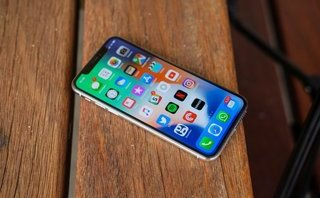 Cuộc sống số - iPhone X ế ẩm, đối tác ăn theo cũng khóc ròng