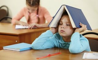 """Đời sống - Thầy cô đang biến trường học thành """"lò rèn"""" đúng nghĩa?"""