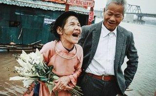 Gia đình - Đêm giao thừa tròng trành của đôi vợ chồng già ở bãi sông Hồng