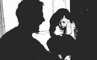 Gia đình - Xâm hại tình dục trẻ em: Đừng bắt con kể đến lần thứ hai