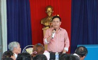 Chính trị - Xã hội - Đắk Lắk: Trưởng Công an xã đá thau, đập ghế xin lỗi người dân