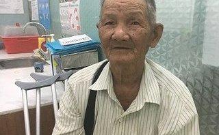 Sức khỏe - Phó giám đốc bệnh viện tặng bộ răng giả cho cụ ông bán vé số