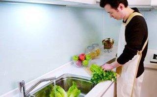 Cộng đồng mạng - Vợ trẻ không biết nấu ăn khoe được chồng chăm sóc khiến nhiều người ghen tỵ