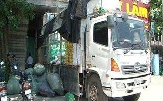Pháp luật - Bắt xe tải vận chuyển hàng lậu có giá trị gần 400 triệu đồng