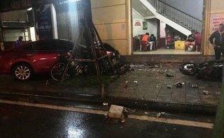 """Xã hội - Nam thanh niên lái ô tô """"điên"""" tông chết 2 người ra đầu thú"""