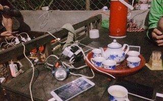 Xã hội - Người nông dân dùng máy nổ phát điện cho cả làng dùng miễn phí