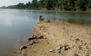 Xã hội - Tìm người đàn ông mất tích bí ẩn sau khi để xe ở bờ sông