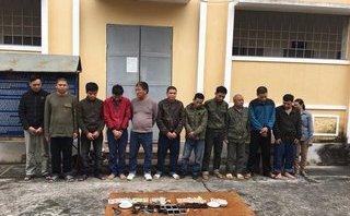 """An ninh - Hình sự - Liên tiếp phá sới bạc ngày Tết, bắt giữ 17 đối tượng, có """"sơn nữ"""" tham gia"""