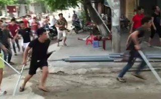 An ninh - Hình sự - Bắt 3 anh em ruột để điều tra vụ chủ quán karaoke bị đâm tử vong