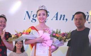Văn hoá - Ngẩn ngơ nhan sắc đắm say của người đẹp Làng Sen 2018