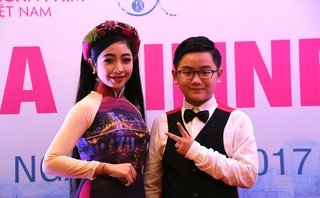 Ngôi sao - 2 quán quân nhí Hồng Minh và Gia Kiệt khiến nhiều nghệ sĩ gạo cội ngưỡng mộ