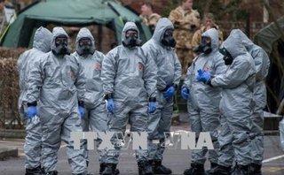 Quân sự - Hé lộ về chất độc Novichok  được tìm thấy trên tay nắm cửa nhà cựu điệp viên Skripal