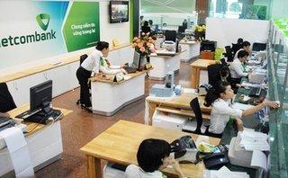 Tài chính - Ngân hàng - Vietcombank: Tại sao lợi nhuận liên tục phá đỉnh, cổ tức lại lao dốc?