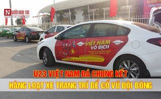 Video xe - Hàng loạt ô tô dán decal 'cực độc' cổ vũ U23 Việt Nam