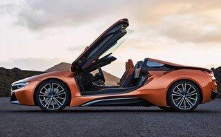 Thị trường xe - Siêu xe Hybrid BMW i8 Roadster chốt giá bán chính thức