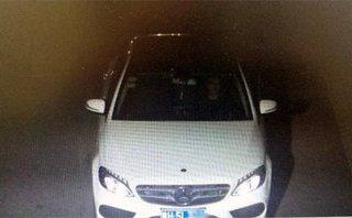 Sau vô lăng - Xe Mercedes lỗi kiểm soát hành trình, không thể giảm tốc độ