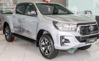 Thị trường xe - Soi kỹ Toyota Hilux 2018 bản cao cấp vừa ra mắt