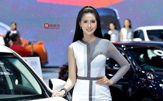Sau vô lăng - Những cô nàng ''kẹo ngọt'' tại triển lãm ô tô lớn nhất Đông Nam Á