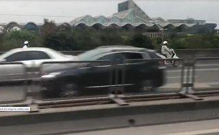Sau vô lăng - Bộ tứ Ninja Việt 'hồn nhiên' chạy ngược chiều ở đường trên cao gây bão MXH