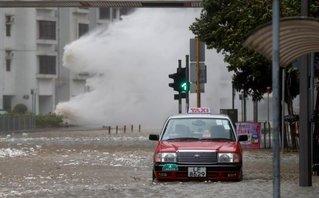 Thế giới - [VIDEO] Những hình ảnh kinh hoàng từ trận siêu bão Hato càn quét Trung Quốc