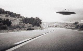 Hồ sơ - Mỹ xác nhận nghiên cứu UFO, bí ẩn về Vùng 51 dần hé mở?