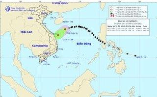 Tin nhanh - Bão số 13 suy yếu thành áp thấp, Nam Bộ mưa dông
