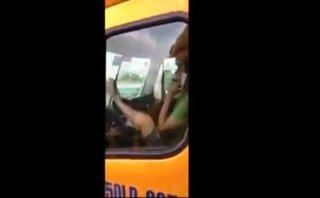 Tin nhanh - Kinh hoàng, tài xế lái đầu kéo container bằng chân ở cầu Phú Mỹ