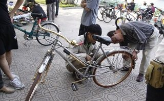 Thú chơi - Độc đáo chợ phụ tùng xe đạp cổ giữa lòng thủ đô