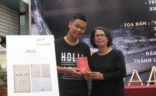 Đời sống - Cuốn sách Nằm vạ ấn bản duy nhất của Bùi Hiển được đấu giá 35 triệu đồng