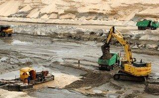 Đầu tư - Đề xuất dừng mỏ sắt Thạch Khê: Hai Bộ trái chiều